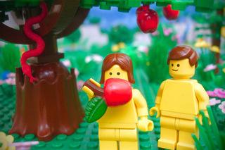 lego-bible-garden-eden-brick-testament[1].jpg